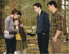 Mackenzie Foy signed The Twilight Saga: Breaking Dawn 8x10 photo W/Coa Proof #12