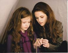 Mackenzie Foy signed The Twilight Saga: Breaking Dawn 8x10 photo W/Coa Proof #7