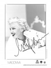 Madonna Signed Authentic Autographed 8x10 B/W Photo PSA/DNA #AA01805