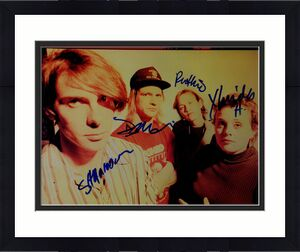 Magnapop Autographed All Members Signed 8x10 Photo UACC RD AFTAL