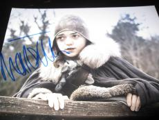 MAISIE WILLIAMS SIGNED AUTOGRAPH 8x10 PHOTO GAME OF THRONES PROMO IN PERSON E