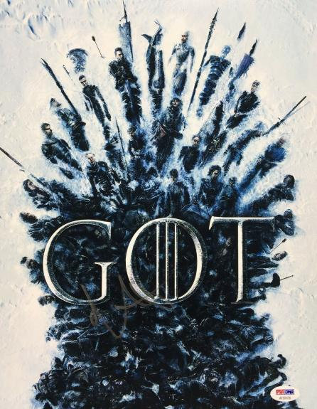 Maisie Williams Signed 'Game Of Thrones' 11x14 Photo *Arya Stark PSA AF59376