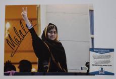 Malala Yousafzai Signed Autographed 8x10 Photo Nobel Peace Prize Beckett BAS COA