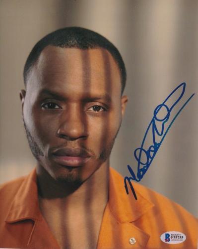 Malcolm Goodwin Signed 8x10 Photo Breakout Kings Beckett Bas Autograph Auto B