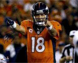 Peyton Manning Denver Broncos Autographed 16'' x 20'' Horizontal Orange Uniform Point Photograph - Mounted Memories