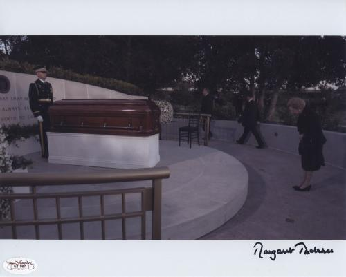 Margaret Thatcher Signed  8x10 Photo Jsa Spence Coa Ronald Reagan Casket