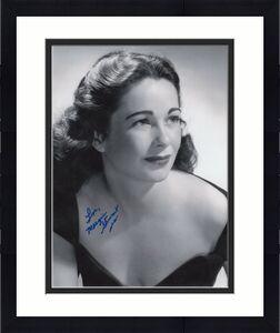 MARGIE STEWART HAND SIGNED 8x10 PHOTO+COA     CUTE WORLD WAR II ARMY POSTER GIRL
