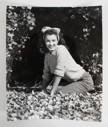 Marilyn Monroe Original Photo 1945 The Leader Magazine Cover