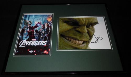 Mark Ruffalo Signed Framed 16x20 Hulk Avengers Photo Set JSA C