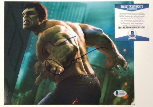Mark Ruffalo signed Hulk 8x10 Photo Marvel Autograph ~ Beckett BAS COA