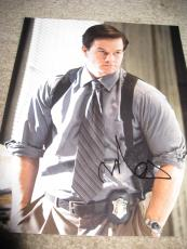 MARK WAHLBERG SIGNED AUTOGRAPH 8x10 PHOTO THE DEPARTED IN PERSON COA AUTO D RARE
