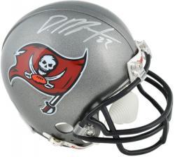 Doug Martin Tampa Bay Buccaneers Autographed Riddell Mini Helmet