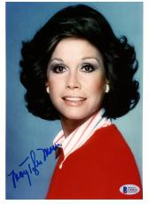 "Mary Tyler Moore Autographed 8"" x 10"" Dick Van Dyke Show Photograph - BAS COA"