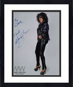 MARY WILSON HAND SIGNED 8x10 COLOR PHOTO+COA       BEAUTIFUL SINGER     TO DAVE