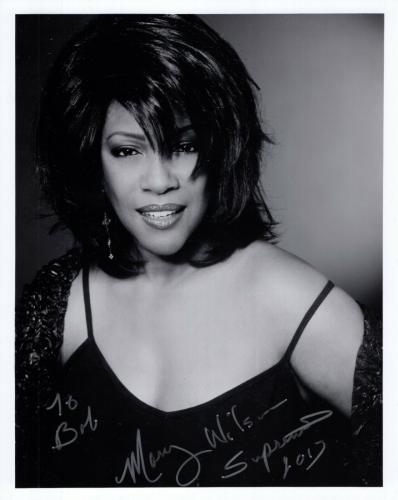 MARY WILSON HAND SIGNED 8x10 PHOTO+COA    GORGEOUS SINGER    SUPREMES     TO BOB