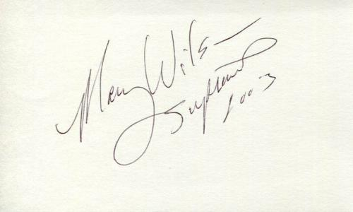 Mary Wilson The Supremes R&B Singer Signed Autograph