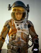 """Matt Damon Autographed 11"""" x 14"""" Vertical The Martian Photograph - PSA/DNA"""