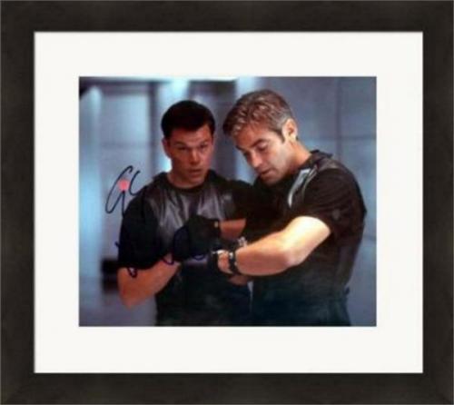 Matt Damon & George Clooney autographed 8x10 Photo (Oceans 11) #SC3 Matted & Framed