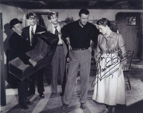 Maureen O'hara Signed Autographed Bw 8x10 Photo For Mary With John Wayne