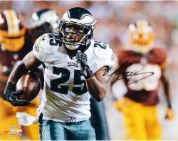 "LeSean McCoy Philadelphia Eagles Autographed 16"" x 20"" vs. Washington Redskins Photograph"