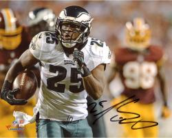 "LeSean McCoy Philadelphia Eagles Autographed 8"" x 10"" vs. Washington Redskins Photograph"