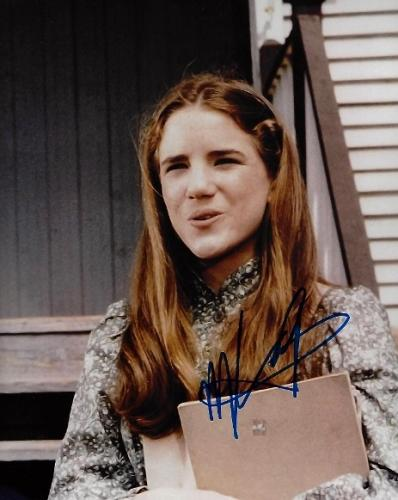 Melissa Gilbert Signed - Autographed Little House On The Prairie RARE 8x10 inch Photo - Guaranteed to pass BAS - Laura Ingalls Wilder