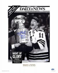 Mark Messier New York Rangers Autographed 16'' x 20'' Daily News Photograph - Mounted Memories