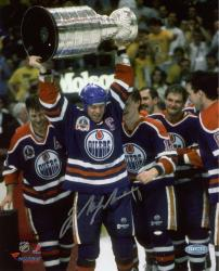 Signed Mark Messier Edmonton Oilers 8x10 Photo with Stanley Cup
