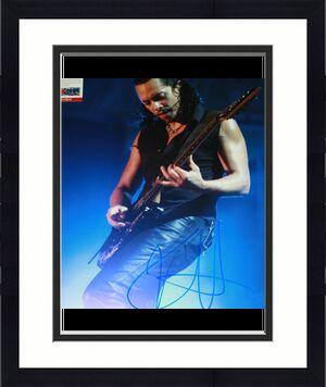 METALLICA Kirk Hammett signed 11 x 14. Death Magnetic, PSA/DNA Y38953