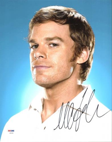 Michael C. Hall Dexter Signed 11X14 Photo Autographed PSA/DNA #Z90340