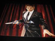 MICHAEL C HALL SIGNED 8x10 DEXTER PROMO PHOTO IN PERSON COA AUTO RARE PROOF NY G