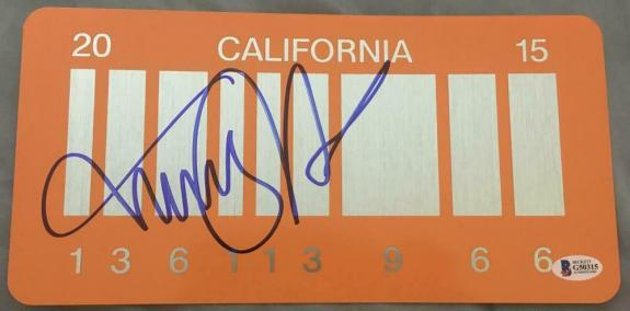"""Michael J. Fox Signed """"back To The Future"""" Exact Car License Plate Beckett Coa A"""