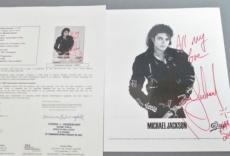 MICHAEL JACKSON SIGNED 8x10 B&W PHOTO with FULL JSA LOA