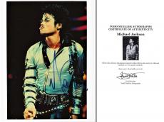 Autographed Michael Jackson Photo - 5 The King of Pop 8x10 inch Deceased 2009 Guaranteed to pass PSA or JSA