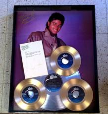 MICHAEL JACKSON SIGNED LETTER w/PLATINUM THRILLER ALBUM & GOLD SINGLES SHADOWBOX