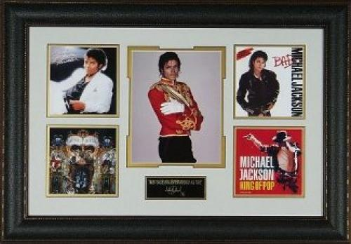 Michael Jackson unsigned Engraved Signature Series 31x21 Leather Framed 5 Photo/Albums (entertainment)