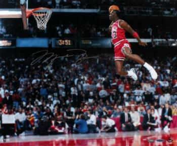 Michael Jordan Signed Gatorade Dunk Photo - 16x20 UDA