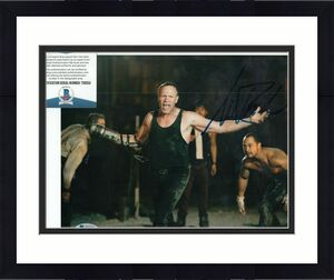 MICHAEL ROOKER signed (THE WALKING DEAD) Merle Dixon 8X10 photo BECKETT T56552