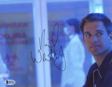 "Michael Weatherly Autographed 8"" x 10"" NCIS Photograph - Beckett COA"