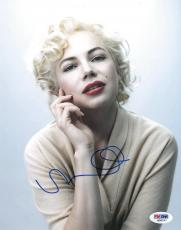 Michelle Williams Signed Marilyn Monroe Authentic 8x10 Photo (PSA/DNA) #Q56737
