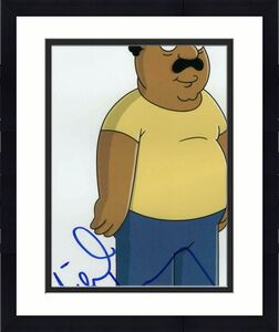 Mike Henry Signed Autograph 8x10 Photo - Cleveland Brown Family Guy, Show, Rare