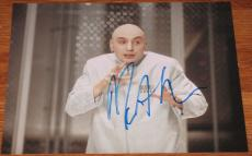 Signed Mike Myers Photo - 8x10 Waynes World Austin Powers Snl Coa
