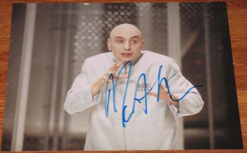 Signed Mike Myers Photo - 8x10 Waynes World Austin Powers Snl Coa