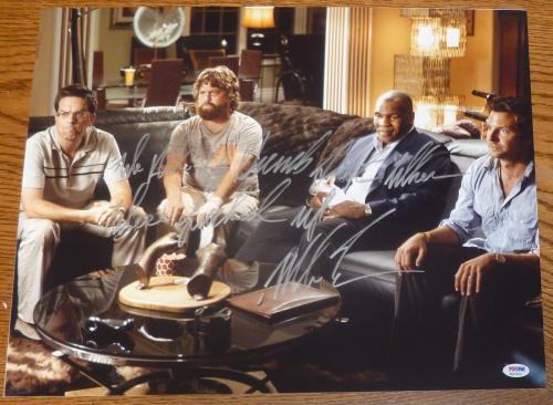 Autographed Mike Tyson Photograph - The Hangover Movie 16x20 PSA DNA COA