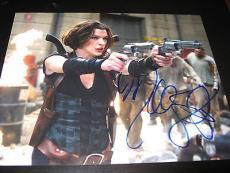 MILLA JOVOVICH SIGNED AUTOGRAPH 8x10 PHOTO RESIDENT EVIL PROMO IN PERSON AUTO E