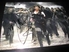 MILLA JOVOVICH SIGNED AUTOGRAPH 8x10 PHOTO RESIDENT EVIL PROMO IN PERSON COA X5