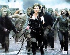 Milla Jovovich Signed Autographed 10X13 Photo Resident Evil GV809819
