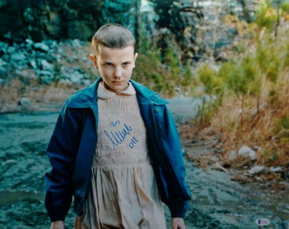 Millie Bobby Brown 011 Signed Stranger Things 16x20 Stare Down Photo- Beckett Au