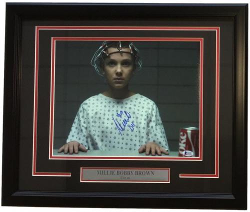Millie Bobby Brown Signed Framed Stranger Things 11x14 Lab Photo Beckett BAS