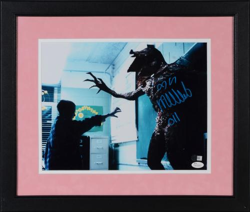 """Millie Bobby Brown Stranger Things Autographed 11"""" x 14"""" Photograph - JSA"""